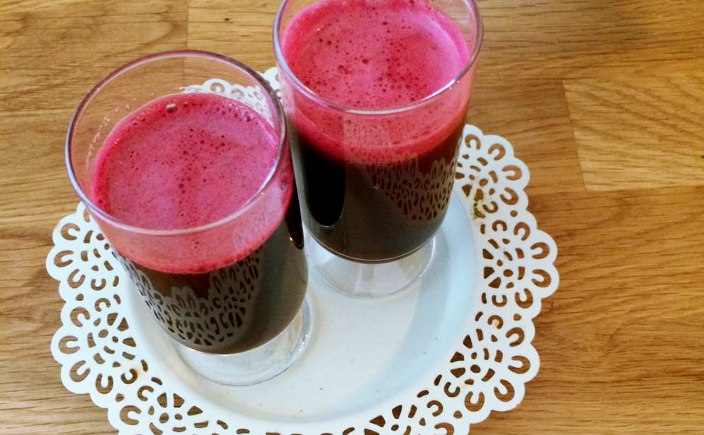 CLEANSING CUCUMBER, BEETROOT AND GINGER JUICE